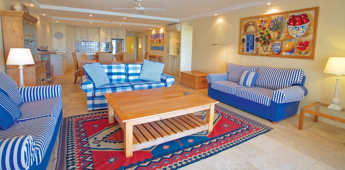 Noosa-Quays-Beautiful-Living-Room