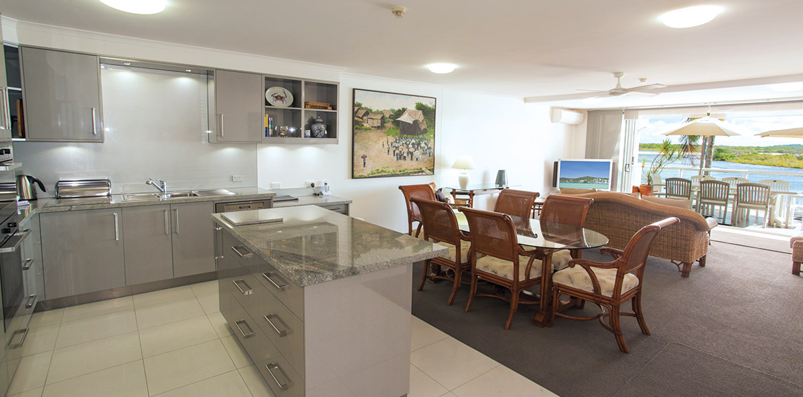 Noosa-Quays-Living-Room