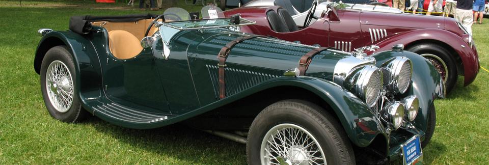 Noosa Beach Classic Car Show