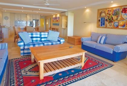 Noosa-Quays-Beautiful-Living-Room