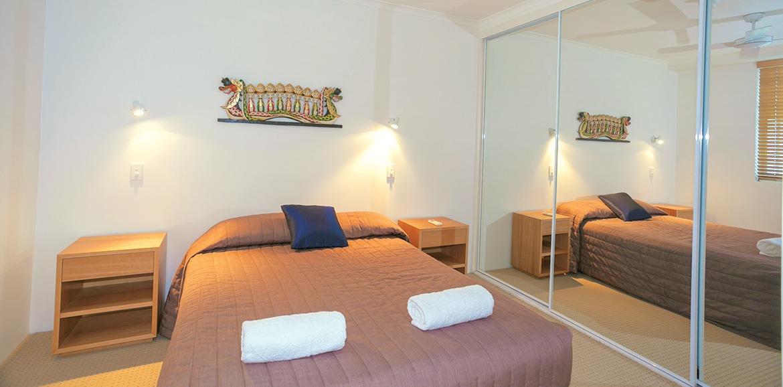 Noosa-Quays-Small-Bedroom